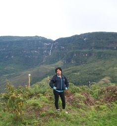 Catarata Gocta: Con sus 771 metros de altura, la convierten en la cuarta catarata más alta del mundo, fue difundida públicamente en el 2006 por investigadores alemanes.2