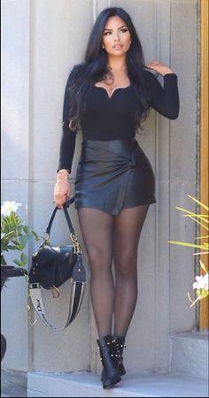 Curvy Women Fashion, Look Fashion, Girl Fashion, Womens Fashion, Sexy Outfits, Chic Outfits, Fashion Outfits, Tight Dresses, Sexy Dresses