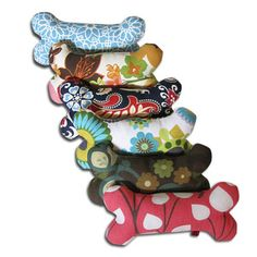 patterned dog squeek toys - could make these diy for dogs or cats