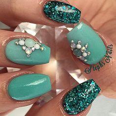 "WEBSTA @ _stephsnails_ - #teal#onteal#acrylicnails#love#stephsnails#glamandglits#diamonds#details#coffinnails#glittermix#lodinails#notpolish#stephset @glamandglitsnails teal colored acrylic in ""Vanessa"" ❤️"