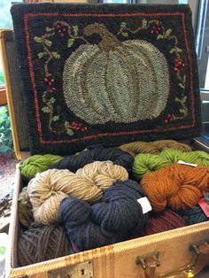 I love the bittersweet/vine ORANGE SINK: Autumn Valley Hook-in Stillwater, MN. tons of photos! Rug Hooking Designs, Rug Hooking Patterns, Rug Patterns, Wool Mats, Punch Needle Patterns, Rug Inspiration, Hand Hooked Rugs, Sheepskin Rug, Penny Rugs