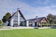 DOSIS - Luxe Villa Kaatsheuvel - Hoog ■ Exclusieve woon- en tuin inspiratie.