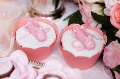 cha-de-bebe-gemeas-rosa-piece-of-cake-7