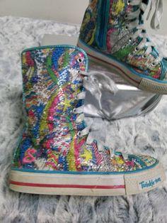 Sketchers Twinkle Toes Light Up High Top Sneakers Boots Size 2 Blue Pink Green #Skechers #hightopsneakers