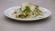 Eén - Dagelijkse kost - salade van knolselder met Parmezaanse kaas