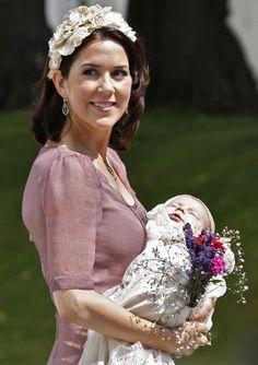 Mary de Dinamarca en el Bautizo de su primogénito