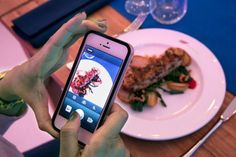 Cómo pagar una cena con Instagram http://elpais.com/elpais/2014/05/27/icon/1401210125_694505.html vía @el_pais