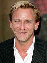 Daniel Craig Touted As New James Bond http://www.people.com/people/article/0,,1116608,00.html