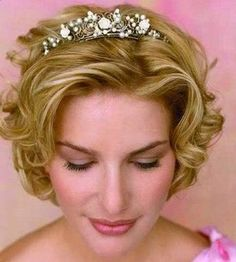 curly short hair styles for bridesmaid