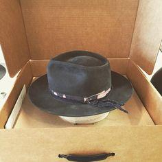 #theclyde 🏹 #layeredtrim #hatshop #hatmaker #royalstaghats Hat Boxes, Hat Shop, Box Packaging, Cowboy Hats, Fashion, Moda, Fashion Styles, Fashion Illustrations