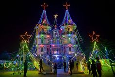 Dec 2015 / PHOTOS: From India to Colombia, see the gorgeous Christmas lights displays around the world. http://abcn.ws/1OctJQq