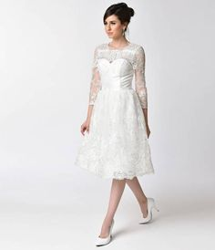 daba8c15e 9 Amazing 1950s-60s FASHIONS images | Retro outfits, Silver dress ...