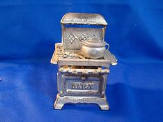 "Vintage Dollhouse Miniature Cast Iron Stove ~ Kettle & Pet Milk Can ~ 4 1/8""H #Daisy"
