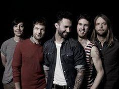 Maroon 5 me fascinas Adam....