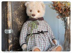 Hey, I found this really awesome Etsy listing at https://www.etsy.com/listing/204794051/big-artist-teddy-bear-ooak-natalya-19