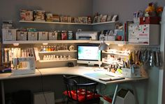Home office studio creative workspace ikea 28 ideas for 2019 Coin Couture, My Sewing Room, Sewing Rooms, Ikea Corner Desk, Corner Space, Rangement Makeup, Trendy Home, Home Office Desks, Space Crafts