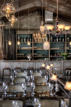 *빈티지 인더스트리얼 레스토랑 [ Zohra Boukhari ] The 'Bistrot' in Seminyak, Kuta District, Bali Restaurant Design, Deco Restaurant, Vintage Restaurant, Rustic Restaurant Interior, Vintage Cafe, Restaurant Lounge, Restaurant Interiors, Bar Lounge, Vintage Style