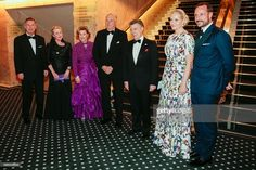 (L-R) Members of the Nobel committee Olav Njoelstad and Berit Reiss-Andersen, King Harald of Norway, Queen Sonja of Norway, Colombian President Juan Manuel Santos, crown princess Mette-Marit and crown prince Haakon arrive for the Nobel Banquet in Grand Hotel, Oslo, Norway on December 10, 2016.President Juan Manuel Santos were awarded this year's Nobel Peace Prize for his efforts to bring Colombias more than 50-year-long civil war to an end. / AFP / NTB Scanpix / Lise Aaserud / NTB scanpix…