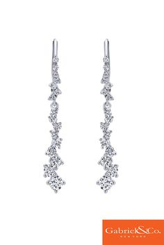 Loving these stylish 18k White Gold Diamond Drop Earrings by Gabriel and Co. These are the perfect drop earrings for a wonderful wedding with a beautiful bride! Discover all your wedding jewelry and more with Gabriel & Co. by visiting our website www.gabrielny.com