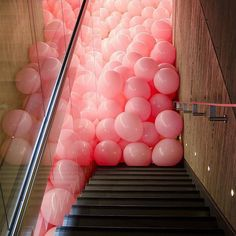 @SoudaBrooklyn: I desperately want to jump into this pile of #pink #baloons! Image via @aureta From Souda's instagram