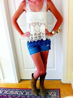 lace and shorts, cute country summer outfit.