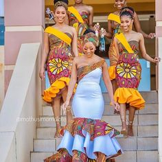 2020 Inspirational African Fashion Styles That Are Classic For Latest Ovation Styles in Vogue African Print Wedding Dress, African Bridesmaid Dresses, African Wedding Attire, Latest African Fashion Dresses, African Dresses For Women, African Weddings, Ankara Fashion, Nigerian Weddings, African Attire