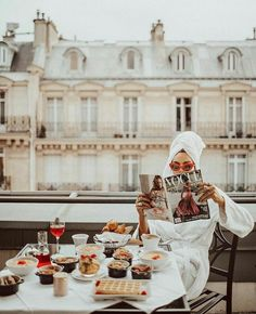 Image uploaded by Марија. Find images and videos about girl, paris and vogue on We Heart It - the app to get lost in what you love. Paris Balcony, Foto Pose, Oui Oui, Parisian Style, Vogue Paris, Travel Photography, Fashion Photography, Lingerie Photography, Glamour Photography