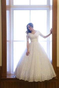 Love those sleeves!! Gorgeous and Modest! STUNNING wedding dress for RENTAL! amazing, and SO affordable!! #Utah #Wedding #Modest #GownsByPamela Darcy + Tillie Circle