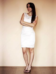 Sheath/Column V-neck Satin Short/Mini White Sequins Cocktail Dress at sweetquinceaneradress.com