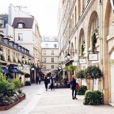 Le Village Royal Paris