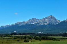 Toto by mal zrejme poznať každý: 18 základných faktov o Vysokých Tatrách   Poprad24.sk Mount Everest, Mountains, Nature, Travel, Naturaleza, Viajes, Destinations, Traveling, Trips