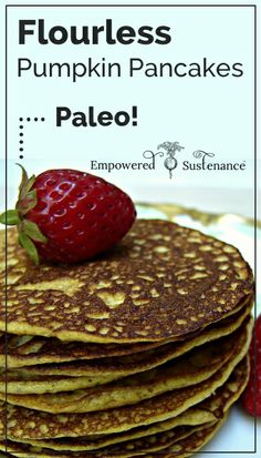Flourless Pumpkin Pancakes recipe - just 3 ingredients! #paleo #glutenfree