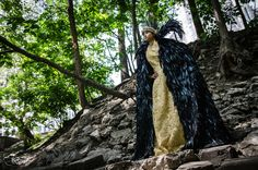 Queen Ravenna Costume - Ravenna cosplay made and worn by Meltingmirror - Photo by Belziir Photography taken at Montreal comiccon 2015 - 3