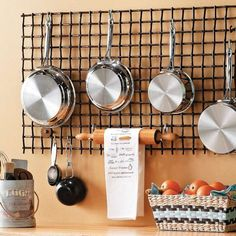Hanging kitchen wall grid