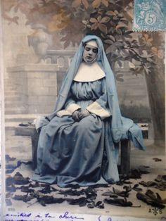 Antique french nun postcard  Nun sitting on a by LizKnijnenburg, €4.00