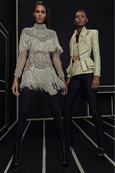 3c3418a03d49 PRE FALL Balmain 2016 - Fringed white dress and yellow tuxedo Moda Da  Passerella