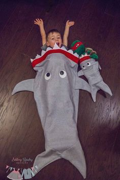 Full size range included! 18 doll, 1, 2, 3/4, 5/6, 7/8, 9-12, Teen and Full (Adult) The Shark Blanket is designed for function and fun. Pull