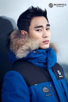 Kim Soo Hyun warms hearts with his hunky 'Beanpole Outdoor' shoot | http://www.allkpop.com/article/2015/11/kim-soo-hyun-warms-hearts-with-his-hunky-beanpole-outdoor-shoot