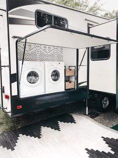 Camper Diy, Rv Campers, Camper Trailers, Camping Life, Rv Life, Travel Trailer Living, Vanz, Camper Makeover, Rv Living
