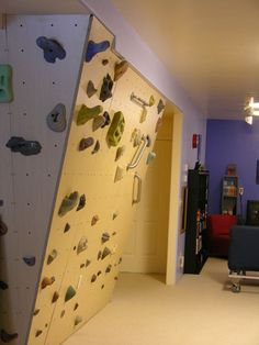 51 Modern House with Rock Climbing Wall for Your Boys - Homegzn Climbing Wall Kids, Indoor Climbing Gym, Climbing Holds, Rock Climbing, Bouldering Wall, Gym Room, Basement House, Home Projects, New Homes