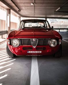 Classic Cars – Old Classic Cars Gallery Alfa Romeo Junior, Alfa Romeo Gtv 2000, Alfa Romeo Cars, Alfa Cars, Alfa Bertone, Monospace, Automobile, Collector Cars, Jdm Cars