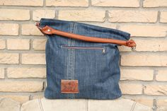 Sewing pattern for the stylish Chobe hand bag ideal by EllePuls