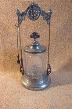 VINTAGE VICTORIAN PICKLE CASTOR WITH ETCHED GLASS JAR