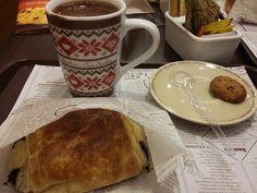 Café na Casa Bauducco- Chocolate quente cremoso e croissant de chocolate #coffe #hobbies #gourmet