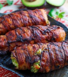 Bacon Wrapped Guacamole Stuffed Chicken | A Soft and Juicy Chicken Recipe Combine with the Crunchiness of Crispy Bacon, it's Seriously IRRESISTIBLE!