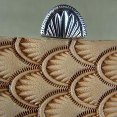 Resultado de imagen de leathercraft carving
