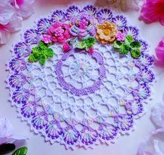 New Hand Crochet Doily - Diy Crafts Crochet Doily Rug, Crochet Dollies, Crochet Doily Patterns, Crochet Tablecloth, Crochet Home, Thread Crochet, Filet Crochet, Cute Crochet, Irish Crochet