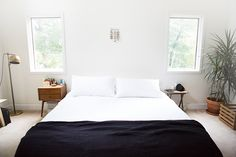 the Leesa mattress    image by @bleubird