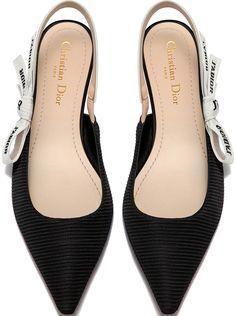 f80cbeef9fd4 14 mejores imágenes de zapatos