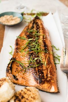 Japanese Miso Salmon (Barbecue or Bake) - Japanese Miso Salmon Side on a wooden board garnished with steps of shallots / scallions, ready to - Salmon Recipes, Fish Recipes, Seafood Recipes, Asian Recipes, Cooking Recipes, Healthy Recipes, Cooking Rice, Japanese Recipes, Gourmet